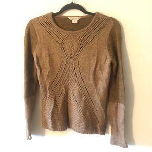 Two toned knitted sweater